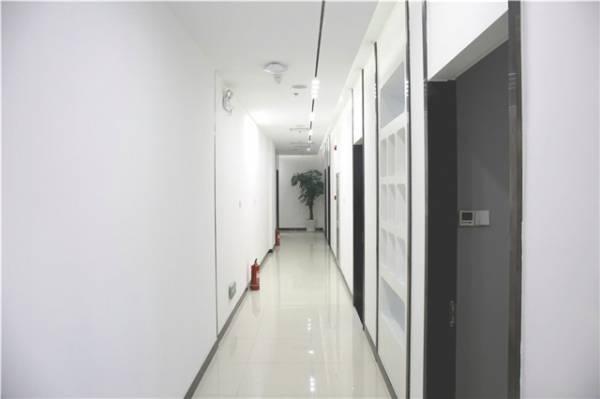 北京爱多邦医疗美容诊所环境图3
